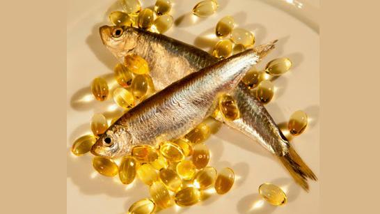 Cách trị thâm bằng dầu cá