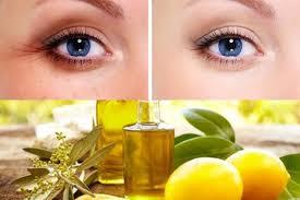 Trị thâm mắt bằng dầu oliu